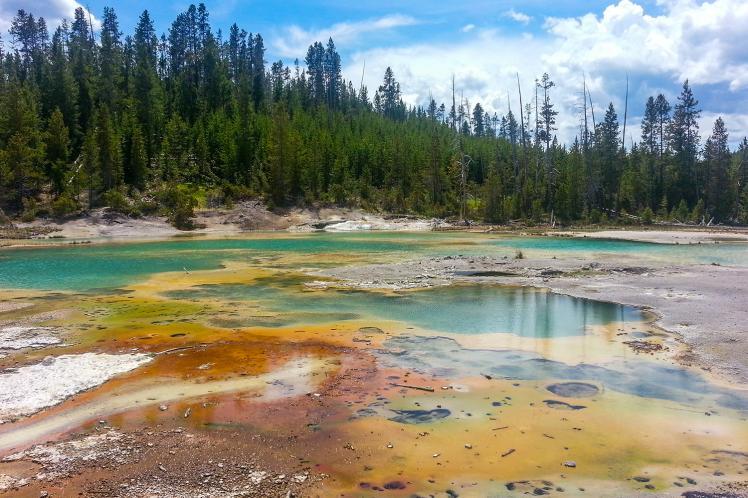 Yellowstone.-Image-courtesy-of-Wyoming-Office-of-Tourism